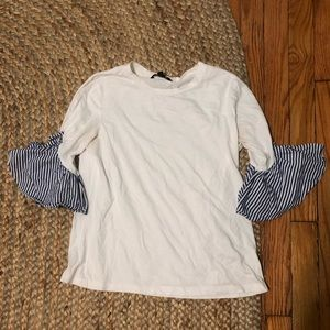 Banana Republic Small seersucker sleeve t shirt